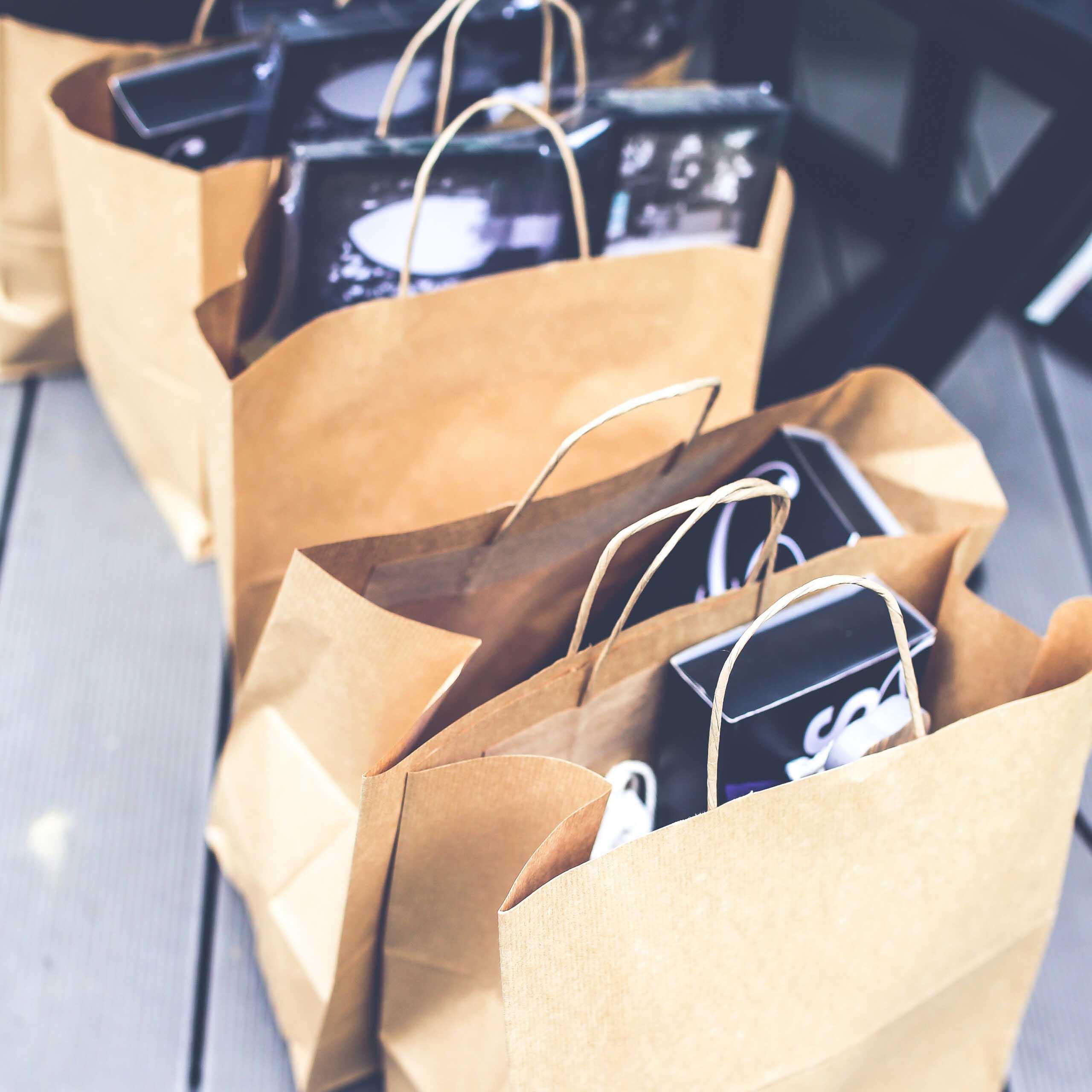 Sei stufa di trasportare ogni volta pesanti buste della spesa?